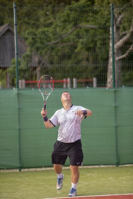 -Rouge-Tennise-avamine-51