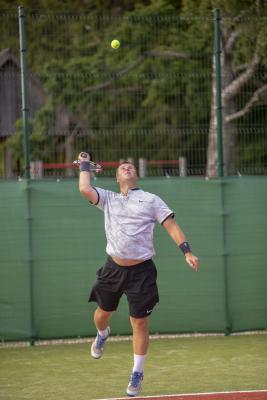 -Rouge-Tennise-avamine-52