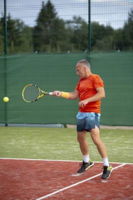 -Rouge-Tennise-avamine-54