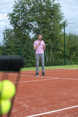 -Rouge-Tennise-avamine-6