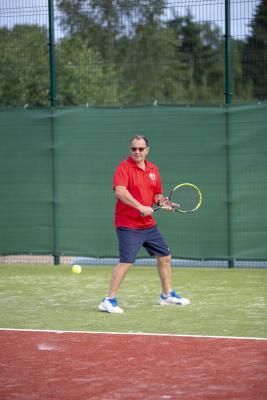 -Rouge-Tennise-avamine-63