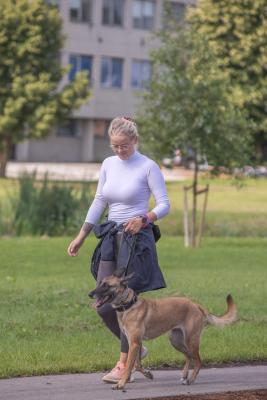 Vrumaa-koeraomanikud-kogusid-taas-toetust-varjupaigas-peatuvatele-loomadele-27