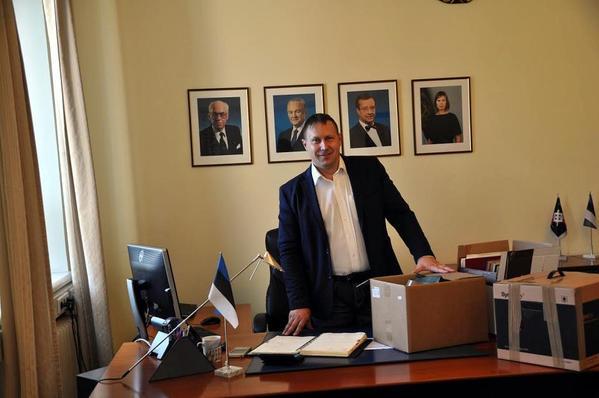46a1992c043 Endine Võru maavanem Andres Kõiv töötab Võru Tarbijate Ühistu juhatuse  liikme ametikohal.