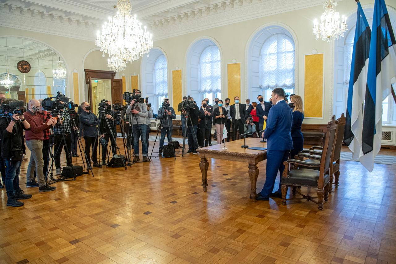 {@type=Text, name=GALERII Kaja Kallas sai Riigikogu toetuse valitsuse...